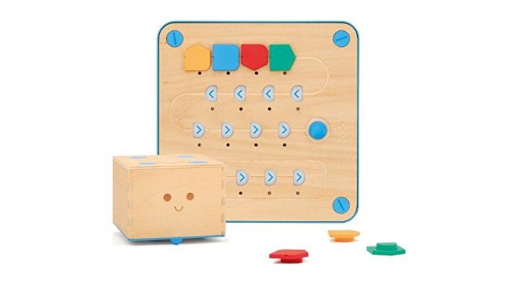 Giocattoli educativi di coding e programmazione: Cubetto di Primo Toys